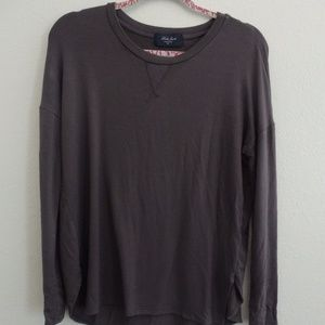 Laila Jayde lightweight sweater